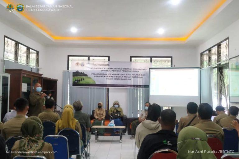 Sosialisasi Aturan Jabatan Fungsional dan Pelaksanaan Uji Kompetensi Lingkup Balai Besar Taman Nasional Teluk Cenderawasih